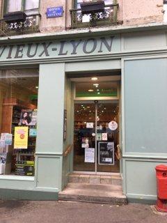 Photo du 18 octobre 2016 13:34, Pharmacie du Vieux-Lyon, 7 Rue du Doyenné, 69005 Lyon, France