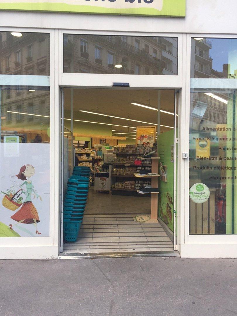 Photo du 18 octobre 2016 13:50, La Vie Claire, 245, Cours Lafayette_x000D_ 69006 Lyon, 69006 Lyon, France