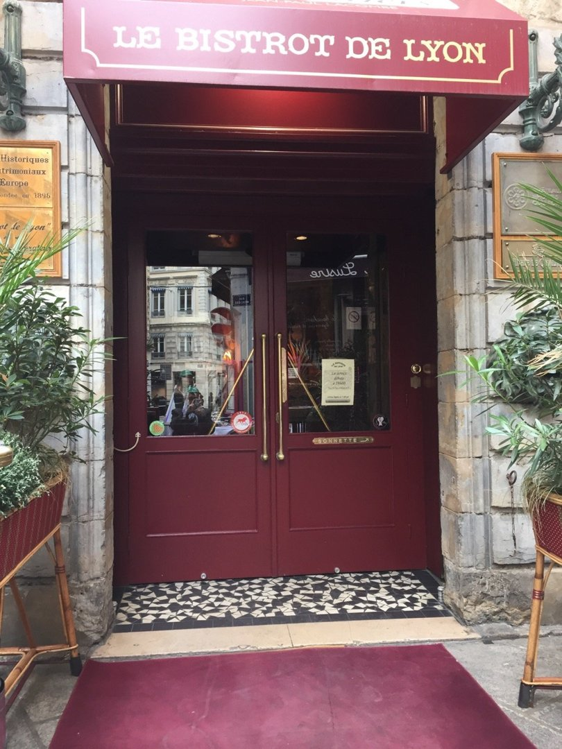 Foto del 6 de octubre de 2016 13:23, Le Bistrot de Lyon, 64 Rue Mercière, 69002 Lyon, Francia