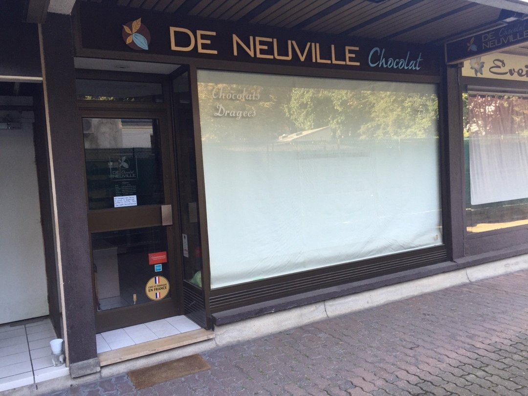 Photo of the September 8, 2016 8:37 AM, Chocolats De Neuville Enghien-les-Bains, 32 Rue du Général de Gaulle, 95880 Enghien-les-Bains, Francia