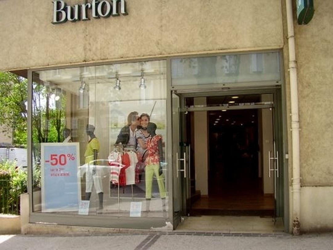 Foto vom 5. Februar 2016 18:53, Burton of London, 14 Boulevard Léon Gambetta, 46000 Cahors, Frankreich