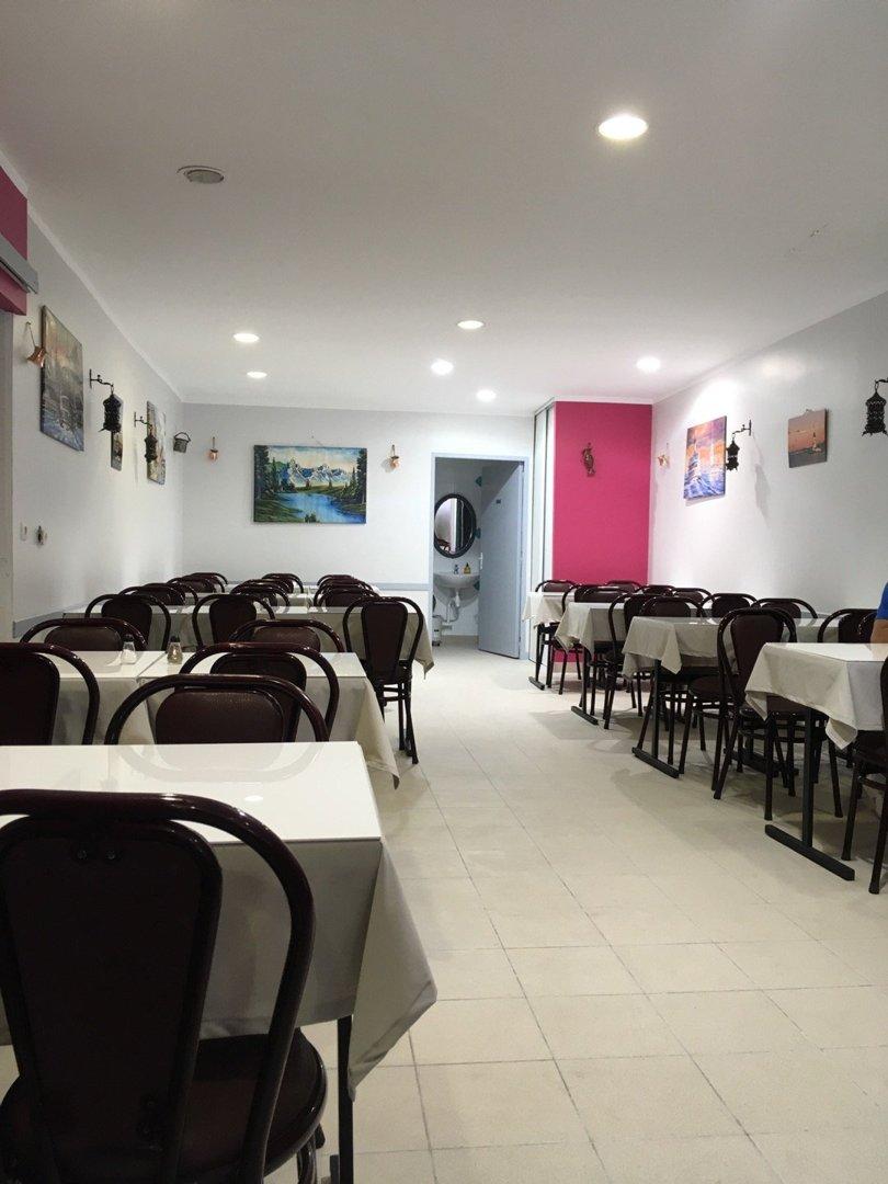 Photo du 5 septembre 2016 09:45, Restaurant Antalya, 19 Place de la Libération, 46000 Cahors, France