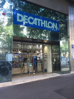Foto vom 26. August 2016 08:55, Decathlon Paris Wagram, 26 Avenue de Wagram, 75008 Paris, Frankreich