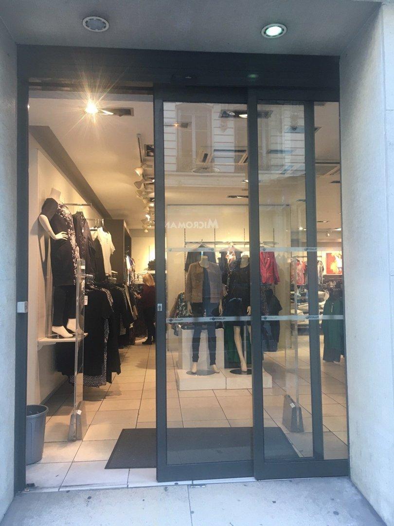 Foto del 18 de octubre de 2016 13:52, MS Mode Lyon Grenette, 28 Rue Grenette, 69002 Lyon Grenette, France