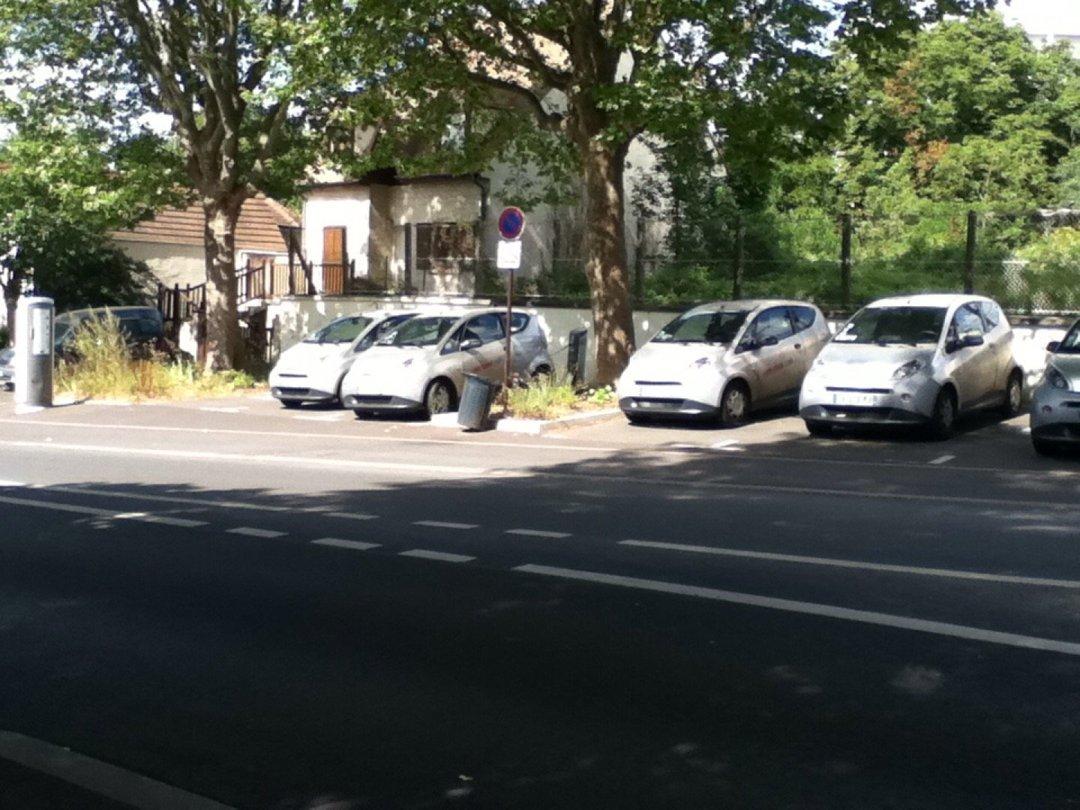 Car Dealer - AUTOLIB , Fontenay-aux-Roses