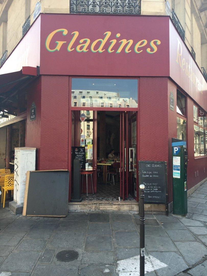 Foto del 26 de agosto de 2016 12:24, Chez Gladines Halles, 11bis Rue des Halles, 75001 Paris, France