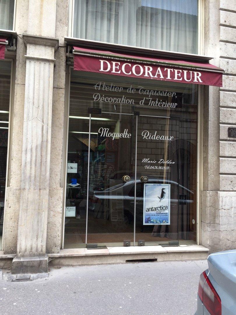 Foto del 18 de octubre de 2016 13:23, Le Tapissier Lyon, 16 Rue Sainte-Hélène, 69002 Lyon, Francia
