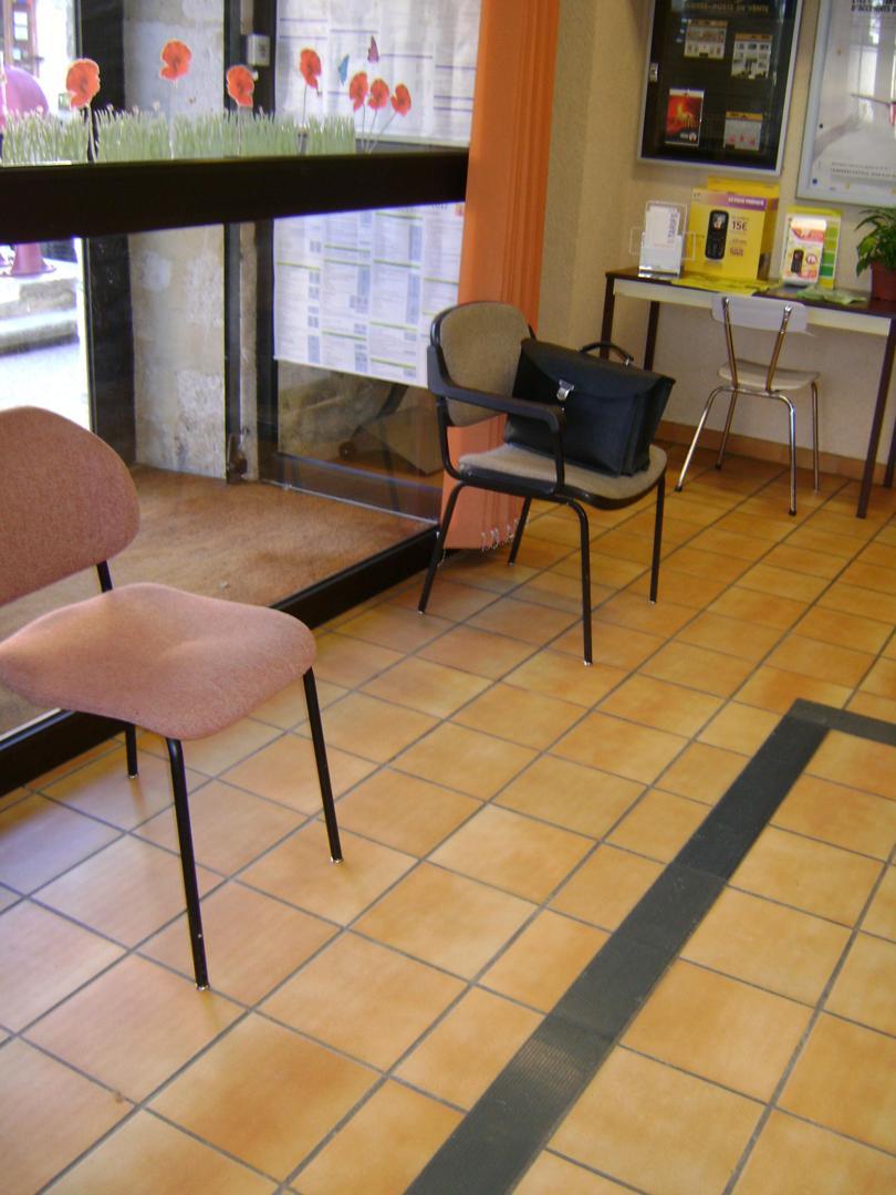 Post Office - BUREAU DE POSTE DE MONTPEZAT DE QUERCY , Montpezat-de-Quercy
