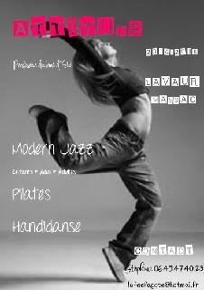 Foto del 5 de febrero de 2016 18:56, Attitude Diffusion, articles de danse., 15 Place du Capitole, 31000 Toulouse, France