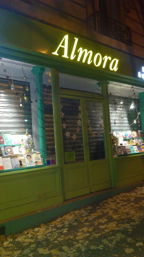 Foto vom 28. November 2016 17:04, Almora - Publishing and Bookstore, 43 Avenue Gambetta, 75020 Paris, Frankreich