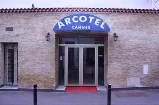 Foto vom 31. Oktober 2017 21:17, Arcotel, 27 Rue des Serbes, 06400 Cannes, Francia