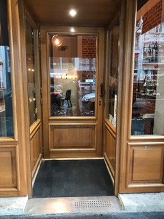 Foto vom 13. September 2017 13:01, Arnaud Nicolas restaurant-boutique, 46 Avenue de la Bourdonnais, 75007 Paris, France
