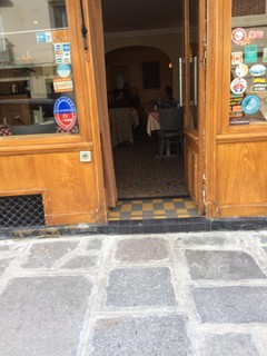Photo of the September 23, 2017 12:42 PM, Au Petit Tonneau, 20 Rue Surcouf, 75007 Paris, France