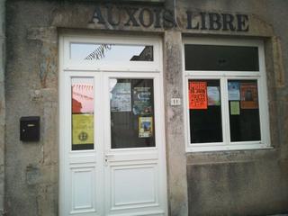 Photo of the June 17, 2017 7:53 PM, Auxois Libre, Rue Notre Dame, 21140 Semur-en-Auxois, France