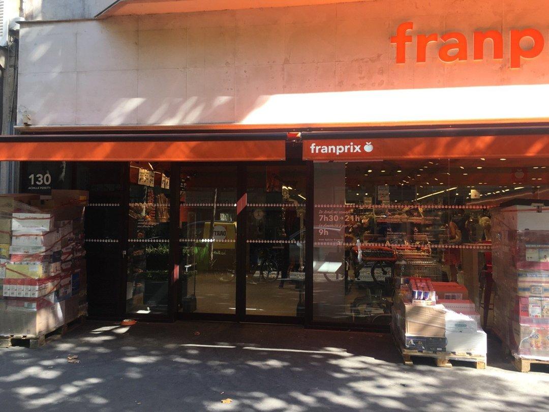 Photo du 26 août 2016 09:38, Franprix, 130 Avenue du Roule, 92200 Neuilly-sur-Seine, France