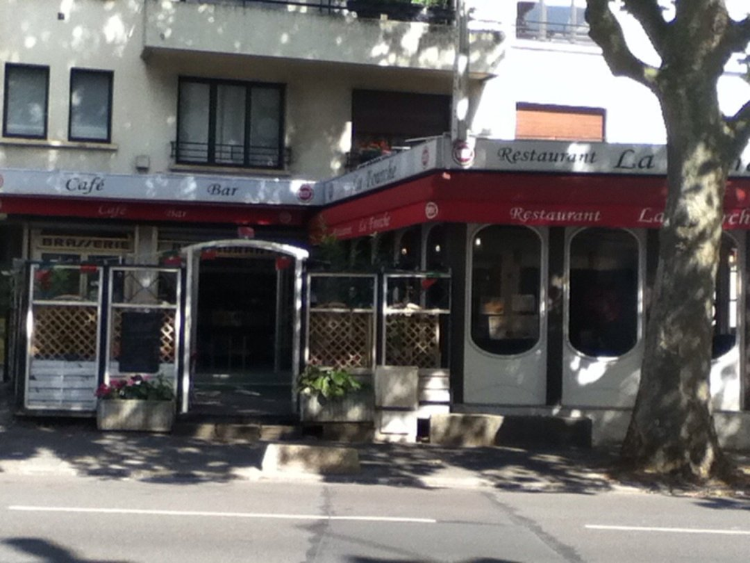 Foto vom 9. August 2016 10:52, Bar - Restaurant LA FOURCHE, Bis, 10 Avenue Jean Baptiste Fortin, 92220 Bagneux, Frankreich