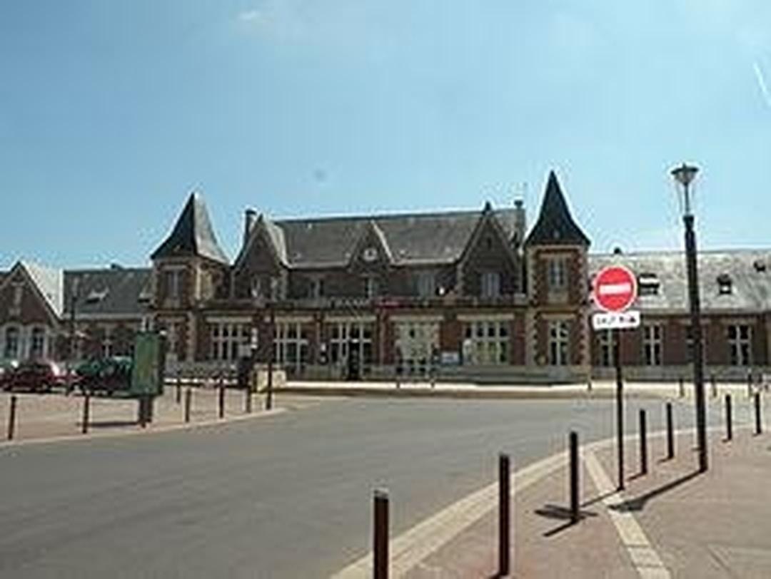 Foto del 5 de febrero de 2016 18:53, Gare de Beauvais, 62 Avenue de la République, 60000 Beauvais, Francia