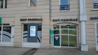 Photo of the November 19, 2017 3:50 PM, BNP Paribas - Maisons Laffitte, 7 Rue du Maréchal de Lattre de Tassigny, 78600 Maisons-Laffitte, France
