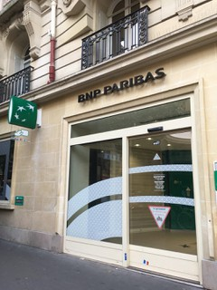 Photo of the October 16, 2017 2:33 PM, BNP Paribas - Paris Turenne, 109 Rue de Turenne, 75003 Paris, France
