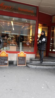 Photo of the November 18, 2017 2:30 PM, Bäckerei Konditorei Meyer, Rue de la Gare 53, 2502 Bienne, Suisse