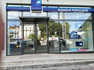 Photo du 9 août 2017 09:38, Banque Populaire, 1 Rue Charles Baudelaire, 71100 Chalon-sur-Saône, France