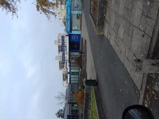 Foto vom 19. November 2017 13:45, Banque Populaire, Ctre Cial Principal, Pl du Chapeau de Gendarme, 49000 Angers, France