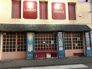 Photo of the November 14, 2017 9:18 AM, Bar Tabac Des Landes, 4 Place de l'Église, 44130 Notre-Dame-des-Landes, France