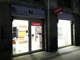Foto vom 15. November 2017 17:06, Beauté Nantaise, 53 Quai de la Fosse, 44000 Nantes, Francia