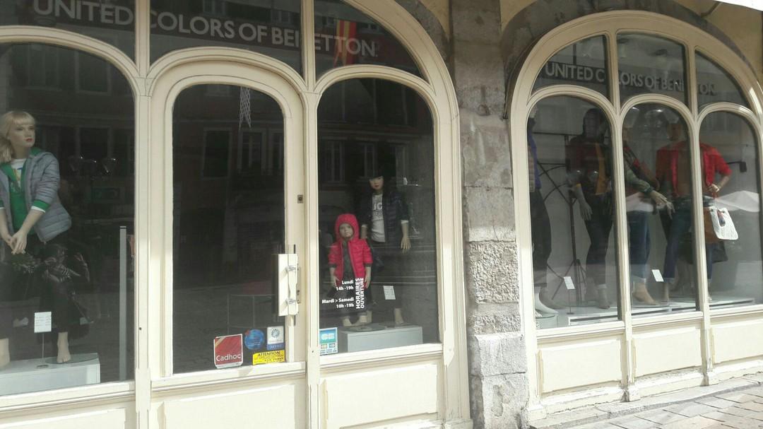 Foto del 18 de septiembre de 2017 10:13, Benetton enfants, 82 Place Saint-Léger, 73000 Chambéry, France