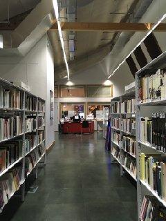 Foto del 30 de noviembre de 2016 11:48, Bibliothèque Vaclav Havel, 26 Espl. Nathalie Sarraute, 75018 Paris, France