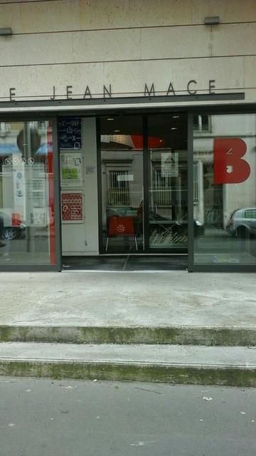 Bibliotheque Du 7eme Jean Mace Lyon Detailed