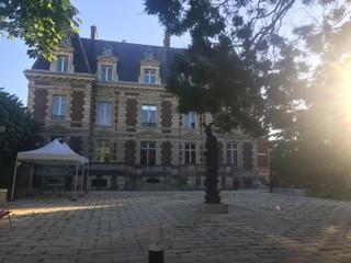 Foto del 18 de junio de 2018 19:59, Bibliothèque municipale de Courbevoie, 41 Rue de Colombes, 92400 Courbevoie, France