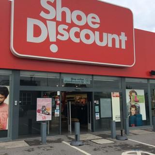 L accessibilité des Magasin de chaussures   Gosselies - Jaccede d3ef251e18d