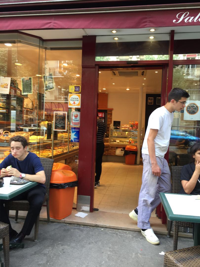 Foto vom 5. Februar 2016 18:57, boulangerie Patisserie Sicard, 38 Avenue de Suffren, 75015 Paris, France