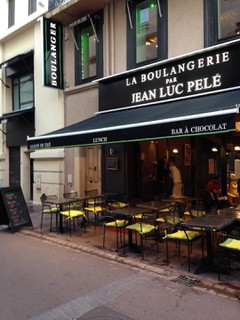 Foto vom 31. Oktober 2017 21:32, Boulangerie Jean Luc Pelé, 3 Rue du 24 Août, 06400 Cannes, France