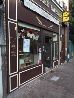 Photo of the August 29, 2017 6:18 AM, Boulangerie Patisserie l'Enghiennoise, 8 Rue de l'Abbé Hénocque, 95880 Enghien-les-Bains, France
