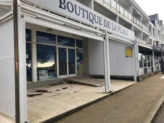 Photo of the February 20, 2018 9:29 AM, Boutique De La Plage, 8 Avenue de la Plage, 29950 Bénodet, France