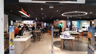 Photo du 30 mars 2018 14:35, Boutique Orange - Le Pontet, CENTRE COMMERCIAL ESPACE SOLEIL, 533 AVENUE LOUIS BRAILLE, 84130 Le Pontet, France