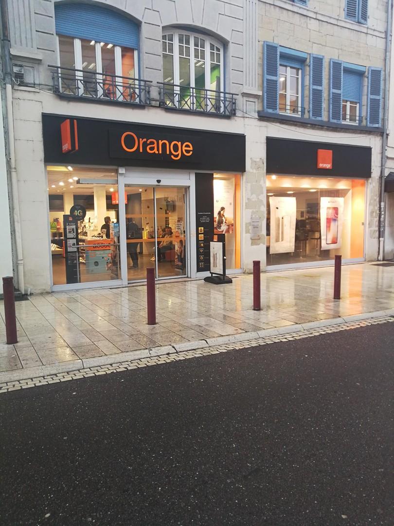 Photo du 13 novembre 2017 09:03, Orange, 34 Rue Paul Morel, 70000 Vesoul, Francia