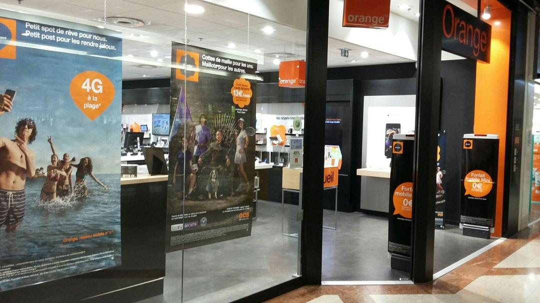 Photo du 28 juillet 2017 14:07, Boutique Orange - Villeneuve D Ascq, Boulevard de Valmy, 59650 Villeneuve-d'Ascq, France