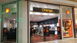Photo du 5 décembre 2017 15:28, Boutique Orange, Avenue de la Maison Neuve, 91220 Brétigny-sur-Orge, France