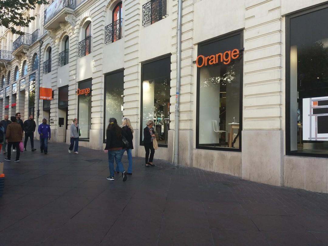 Photo of the October 6, 2017 9:34 AM, Boutique Orange Canebière - Marseille, 30 La Canebière, 13001 Marseille, France