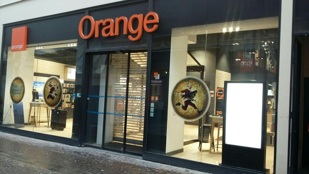 Photo du 21 novembre 2017 08:55, Boutique Orange Centre - Lille, 10 Rue Neuve, 59000 Lille, France