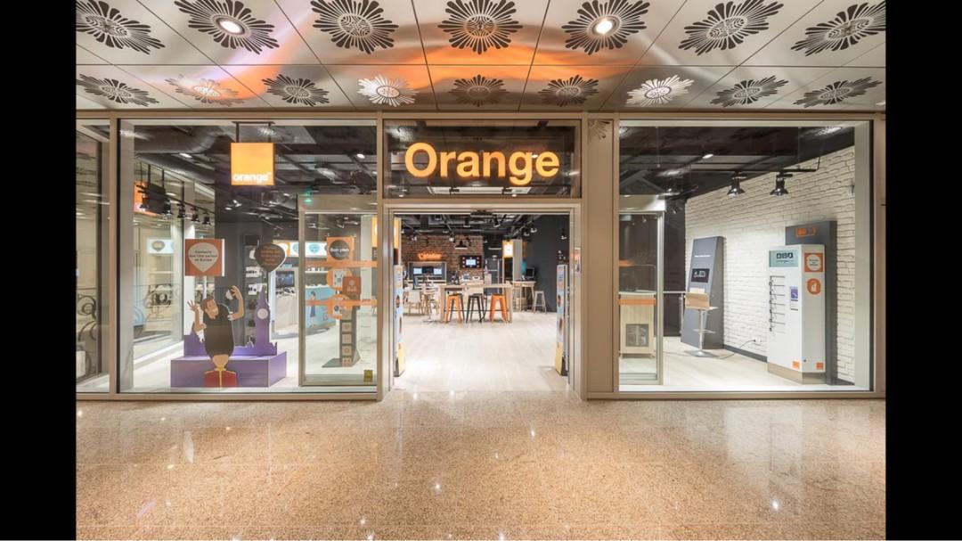 Foto del 11 de diciembre de 2017 11:03, Orange, PASSAGE, COEUR DE NANTES, 10 Rue Santeuil, 44000 Nantes, Francia