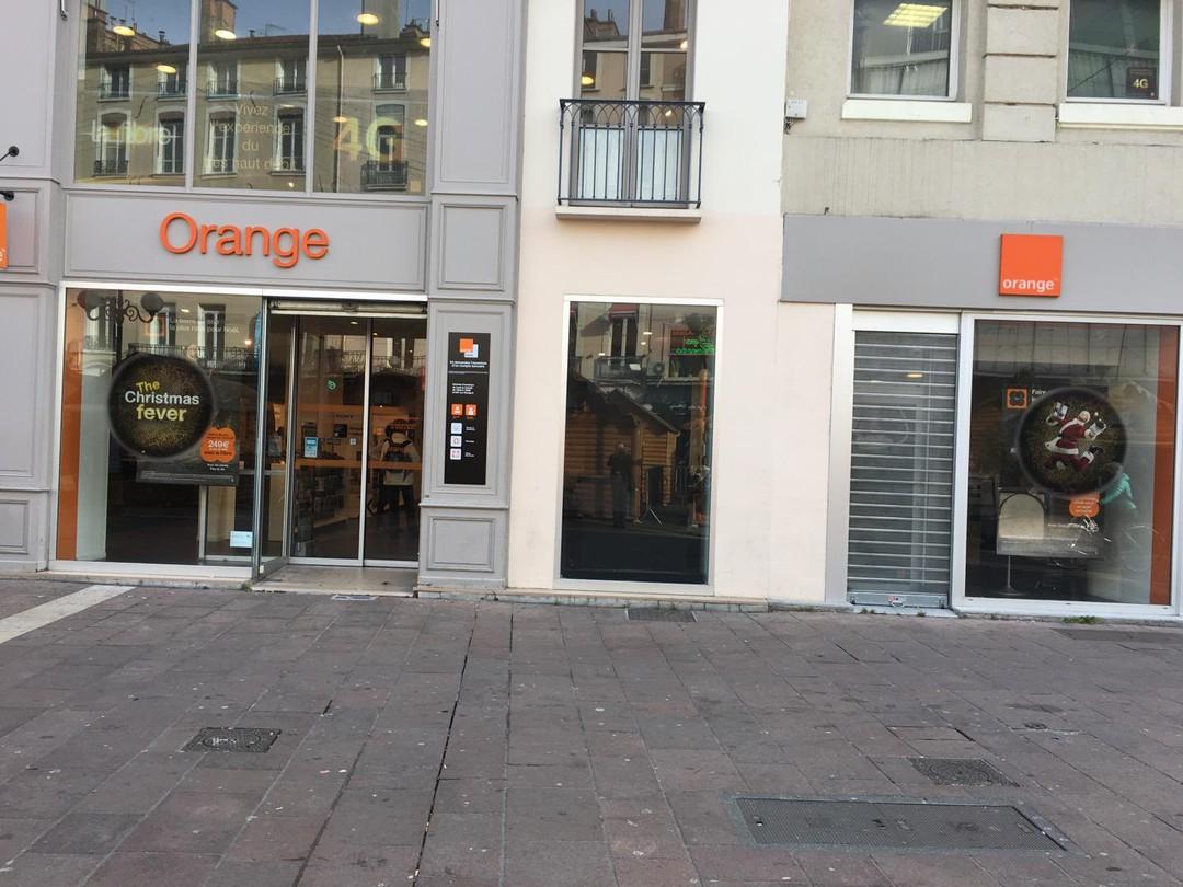 Foto del 24 de noviembre de 2017 11:53, Store Orange Center Grenette - Grenoble, 17 Place Grenette, 38000 Grenoble, Francia