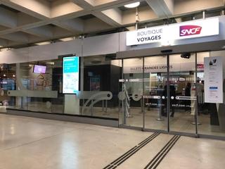 Foto vom 25. Juni 2017 16:37, Boutique SNCF, Place des Passagers du Vent, 77700 Chessy, France