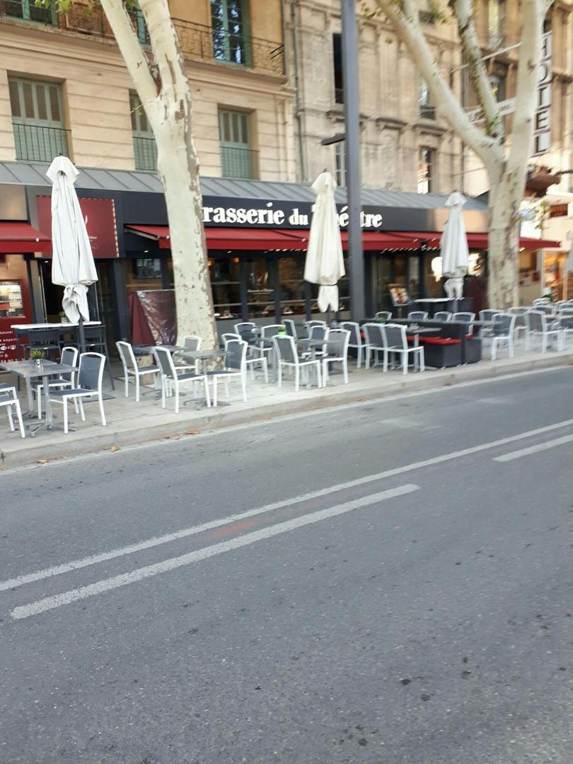 Photo of the September 20, 2017 4:25 PM, Brasserie du Théâtre - Café-restaurant - Fruits de Mer, 36 Cours Jean Jaurès, 84000 Avignon, France