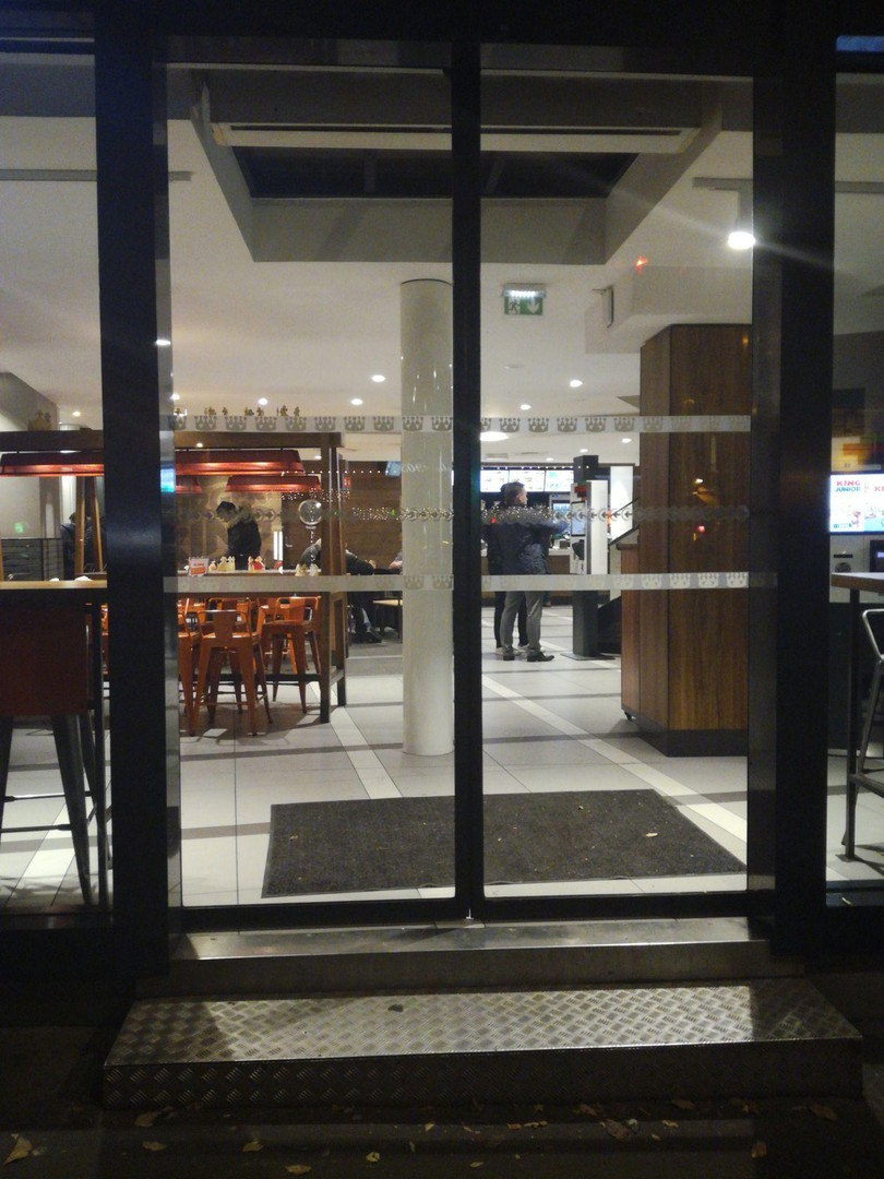 Foto del 13 de noviembre de 2017 20:29, Burger King Paris Wagram, 7 Avenue de Wagram, 75017 Paris, Francia