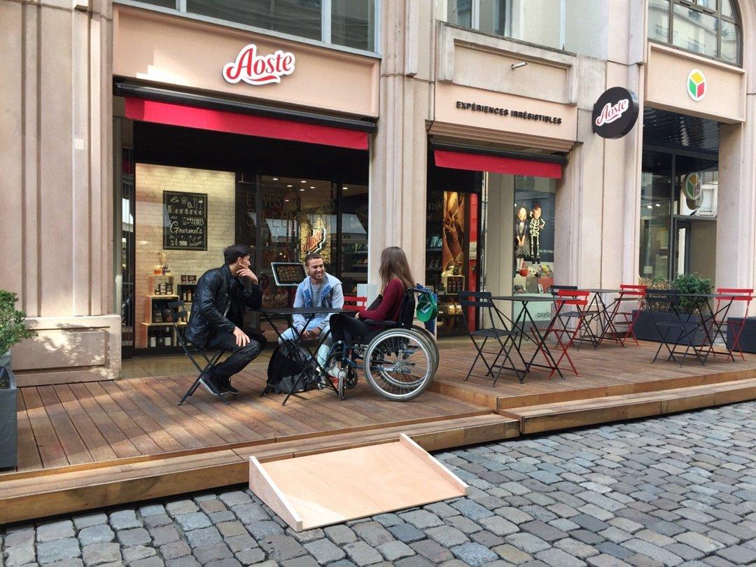 Foto del 18 de octubre de 2016 14:15, LA BOUTIQUE AOSTE, 88 Rue Mercière, 69002 Lyon, Francia