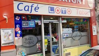 Photo du 2 novembre 2017 20:58, CAFÉ TABAC LOTO, 140 Rue du Général de Gaulle, La Madeleine, France